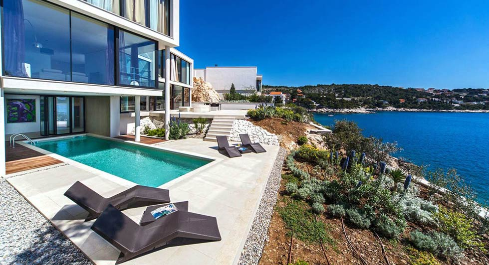 Infinity Reisen | Luxus Resort Villa Three