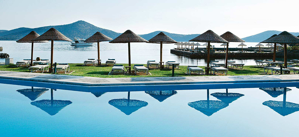 griechenland-kreta-porto-elounda-pool-meer-LXH0113